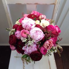Lovely pink hues: peonies and roses