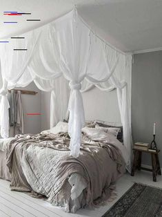 Schlafzimmer 45 glamorous four-poster beds - ideas for a romantic bedroom be Stylish Bedroom, Cozy Bedroom, Dream Bedroom, Home Decor Bedroom, Modern Bedroom, Girls Bedroom, Bedroom Furniture, Master Bedroom, Bedroom Ideas