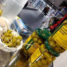 #now Smakesprøver på Meny Kolsås Liker du mat? Vil du spise bedre forskelig? komm in! Lurer du på hvor du får kjøpt produktene våre? her http://bit.ly/DemoEDI #matoslo #nowoslo #oslo #matbutikken