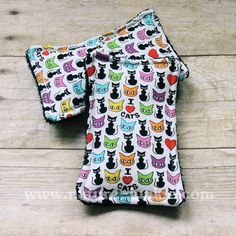 Nature Junkie Unsponges are a great #ecofriendly alternative to store bought sponges that collect bacteria and odors. - $8 #handmade #gogreen #reducereuserecycle #cats #ilovecats