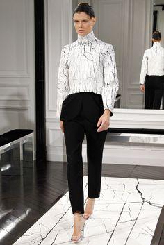Balenciaga Fall 2013 Ready-to-Wear Fashion Show - Malgosia Bela (Elite)