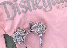 Disney Rose Gold spirit jersey and Mickey ears Walt Disney, Disney Tees, Cute Disney, Disney Mickey, Disney Parks, Disney College, Disney Family, Disney Magic, Disneyland Outfits