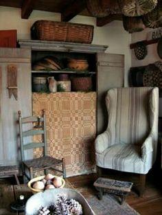love that Primitive Cupboard Primitive Living Room, Primitive Homes, Primitive Furniture, Country Primitive, Antique Furniture, Prim Decor, Rustic Decor, Primitive Decor, Primitive Quilts