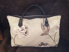 "Shopper tote by ""it's sew woolly"""