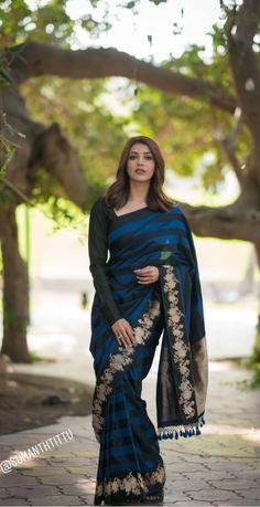 Beautiful Girl Indian, Beautiful Saree, Beautiful Indian Actress, Saree Styles, Blouse Styles, Plain Saree, Elegant Saree, Saree Look, Half Saree
