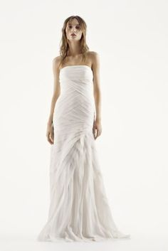 Vera Wang Crinkle Chiffon Fit and Flare with Skirt Flanges New Wedding Dress | Still White