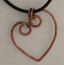 What a simple yet gorgeous wire heart #necklace #tutorial