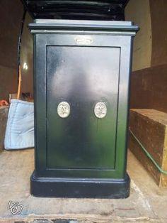 coffre fort ancien f nugue 1 p nes circulaires safe boxes pinterest coffre fort. Black Bedroom Furniture Sets. Home Design Ideas