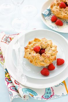 Mini Pear, Raspberry and Ginger Pies for Project Wedding :: Cannelle et VanilleCannelle et Vanille