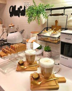 Küchen Design, Food Design, Breakfast Platter, Food Decoration, Food Platters, Food Goals, Cafe Food, Aesthetic Food, Food Presentation