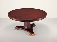 25004 // Decca // Traditional Collection // Traditional Hand Carved Round Dining Table