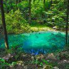 Acesta este singurul lac din lume care isi schimba culoarea. Si se afla in Romania Romania, Outdoor Decor