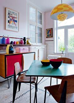Une cuisine aux couleurs pop