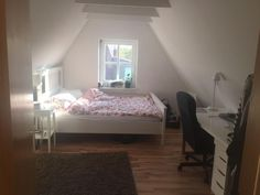 Schlafzimmer dachschräge ~ Schlafzimmer im dachgeschoss mit balken lassen originalen balken