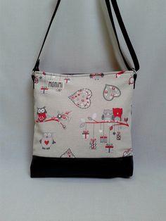 Daily-bag 07 női táska Piros #bagoly mintás vászon és fekete textilbőr kombinációjával készült ez a vidám #táska. Ted Baker, Shoulder Bag, Tote Bag, Fashion, Craft Ideas, Kitchens, Fabric Purses, Bags, Moda