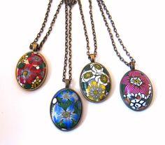 Handmade, necklaces polymer clay polished. Hecho a mano, collares largos de arcilla polimerica pulida.