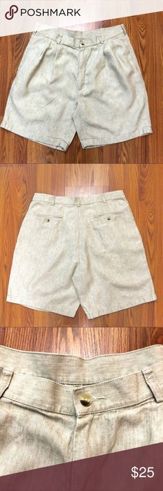 "Jos. A Bank Men Dress Shorts Travelers Collection Jos. A Bank Men's Dress Shorts Travelers Collection. Pleated 100% Linen, tan, size 36. Approximate measurements taken with garment laying flat: Waist 17"" Length 21 Jos. A. Bank Shorts"