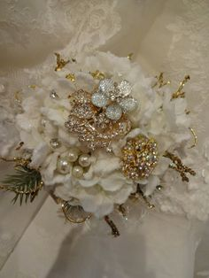 Rhinestone brooch wedding bouquet by AlwaysElegantBridal on Etsy, $125.00