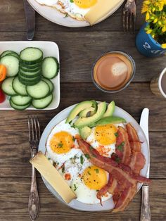 LCHF morgenmad - striks LCHF /keto - find mange forslag her: Diet Recipes, Cooking Recipes, Healthy Recipes, Healthy Food, Healthy Dishes, Lchf, I Love Food, Kids Meals, Breakfast Recipes