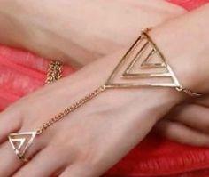 http://www.ovstore.nl/nl/huismerk-driehoek-armband-goud.html