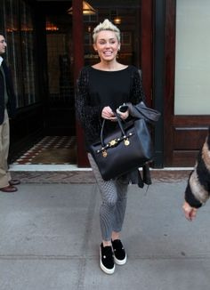 2013 > Leaving the Tribeca Hotel with Tish in New York City