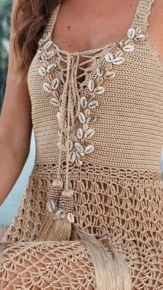 Crochet Skirts, Crochet Clothes, Diy Clothes, Crochet Summer Tops, Knit Crochet, Crochet Hats, Crochet Poncho With Sleeves, Crochet Cardigan, Crochet Designs