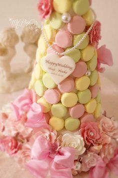041//マカロンカラー:パステルピンク×イエロー×グリーン、ガーランド:バラ、パール花芯のお花、おリボン