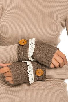 These hand warmers are just darling! They have a button and lace trim like the boot socks! One Size Fits Most