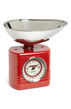 Kitchen Scale  http://rstyle.me/n/dk2bvpdpe