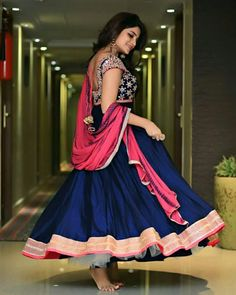 Beauty in lehenga (hogo) First Night Dress, Clothing Shopping Sites, Frock Fashion, Women's Fashion, Fashion Design, Samsung, Designer Anarkali, Girl Photo Poses, Festival Wear