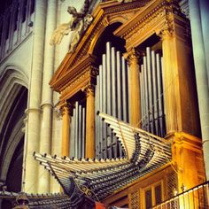 Pipe organ at the #cathedral in Toledo, Spain