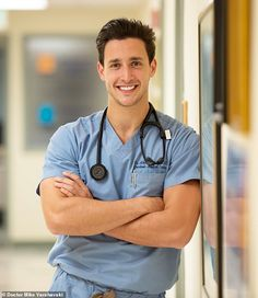 Doctor Mike, Dr Mike Varshavski, The Doctor, Beautiful Men Faces, Gorgeous Men, Dating In New York, Men In Uniform, People Magazine, Cute Guys