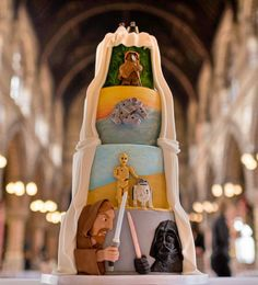 12 Him and Her Wedding Cake Ideas - An incredible Star Wars themed wedding cake. Star Wars Wedding Cake, Star Wars Birthday Cake, Themed Wedding Cakes, Wedding Cake Stands, Wedding Cake Decorations, Themed Weddings, Star Wars Torte, Star Wars Cake, Creative Wedding Cakes