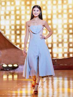 Gu mặc của Hoa hậu Thế giới 2012 Vu Văn Hà