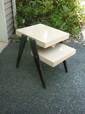 1950's MID CENTERY ATOMIC / RETRO SIDE TABLE / RETRO BLONDWOOD 2 TIER SIDE TABLE. My aunt had two of these!