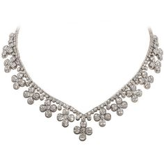 Preowned Flower Head Diamond White Gold Necklace ($22,500) ❤ liked on Polyvore featuring jewelry, necklaces, accessories, colar, white, white gold necklace, diamond jewellery, white jewelry, flower necklace and white gold flower necklace