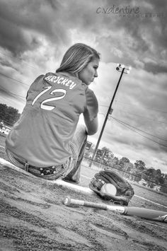 Softball senior pictures.  #cvalentinephotography