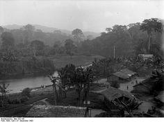 Village colonial allemand au Cameroun en 1902.