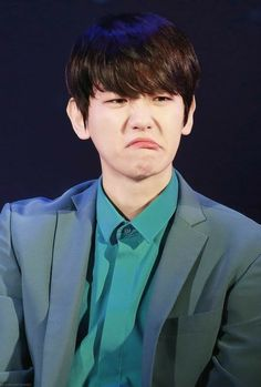 Find images and videos about kpop, exo and baekhyun on We Heart It - the app to get lost in what you love. Chanbaek, Exo Ot12, Baekhyun, Funny Kpop Memes, Exo Memes, 2ne1, K Pop, Got7, Divas
