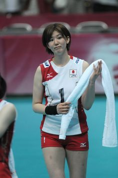 Women Volleyball, Volleyball Players, Female Athletes, Passion, In This Moment, Sports, Clothes, Pictures, Hs Sports