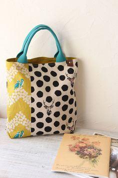 Pin by Sky on リメイク Handmade Handbags, Handmade Bags, Japanese Bag, Japanese Kimono, Bags 2015, Diy Handbag, Jute Bags, Beautiful Bags, Handbag Accessories