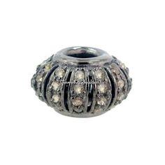 Metal: plata de ley 92,5% Piedra de la gema: Diamante Natural Peso bruto: 2,77 gramos 92,5 plata de ley peso: 2,62 gramos Peso diamantes: 0,74 quilates Tamaño: 14 x 9 mm Final: Rodio negro Tipo de cantidad: 1 PC.