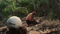 Tom Hanks and Wilson Cast Away Volleyball product placement in Cast Away movie. Tom Hanks, Great Love Stories, Love Story, Cast Away Movie, Cast Away 2000, Island Movies, Memes, Inspirational Movies, Robinson Crusoe