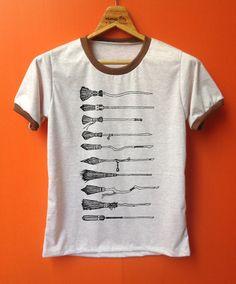 Besenstiel Harry Potter T-shirts t-shirt Fantasie von Pookpik