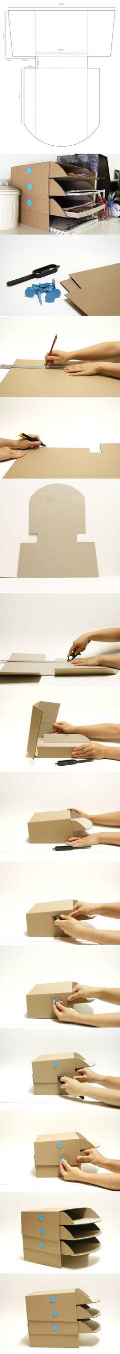 DIY : Cardboard Desk Tray by Hairstyle Tutorials Cardboard Organizer, Cardboard Recycling, Diy Organizer, Cardboard Paper, Cardboard Furniture, Cardboard Crafts, Diy Organization, Diy Furniture, Organizers