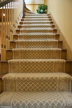 Beautifully carpet pattern on stairs. Beautifully carpet pattern on stairs. Beautifully carpet pattern on stairs. Stairway Carpet, Carpet Stair Treads, Textured Carpet, Patterned Carpet, Staircase Runner, Stair Runners, Staircase Makeover, Foyer Decorating, Stairs
