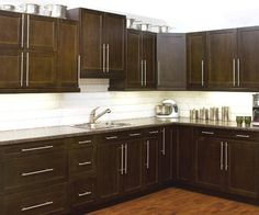 kitchen gallery cabinetsmith canadian made kitchens and bath manufactured in barrie ontario canada. beautiful ideas. Home Design Ideas