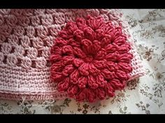Tutorial Flor Crochet o Ganchillo - Page 2 of 2 - Crochet and Knitting Patterns Beau Crochet, Crochet Cap, Crochet Motifs, Crochet Squares, Crochet Flower Tutorial, Crochet Flower Patterns, Crochet Anchor, Crochet Embellishments, Crochet Decoration