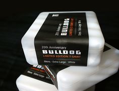 Bulldog t-shirt packaging