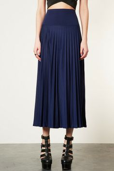 Tranquil High-Waist Skirt (ignore the shoes...you would wear a suede boot).